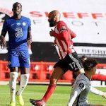 Leicester khá mong manh và có khả năng bị Chelsea và M.U lật đổ