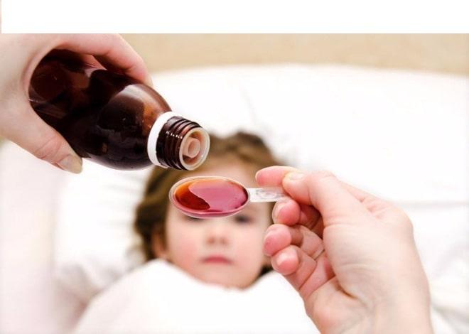 Những điều phụ huynh nên lưu ý khi mua siro trị ho cho con em mình